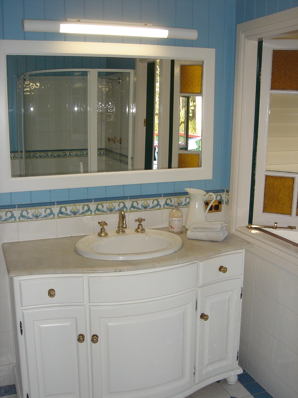 Bathing beauty – how to stage your bathroom to sell your house ...