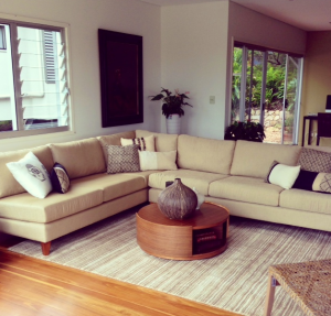 When your furniture doesn 39 t suit your house home staging for Oriental furniture brisbane