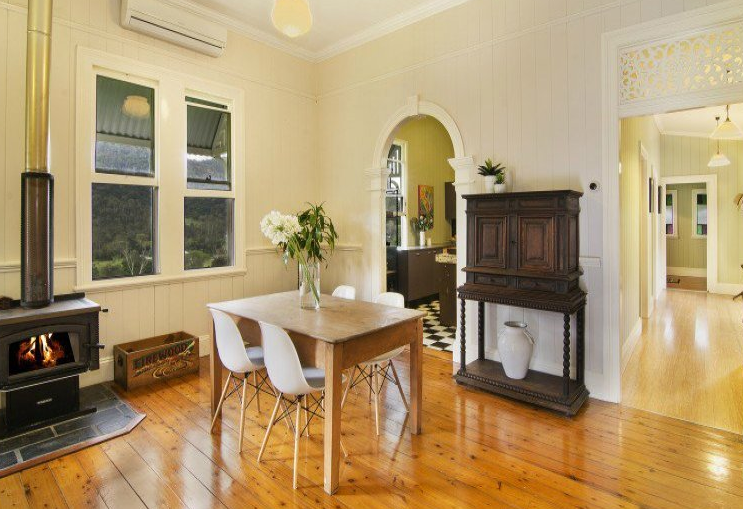 Real Estate Agents So You 39 Re Thinking Of Using A Home Stager Home Staging Brisbane